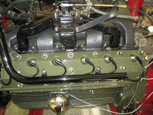 1937-Packard V12CoupeRoadster-engine (20)