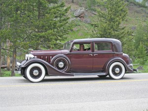 1934-524-two-window-town-sedan2