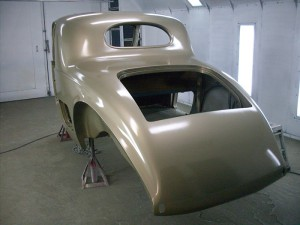 1937-PackardV12CoupeGold (48)