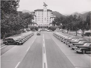 1936-cadillac-v12-sedan